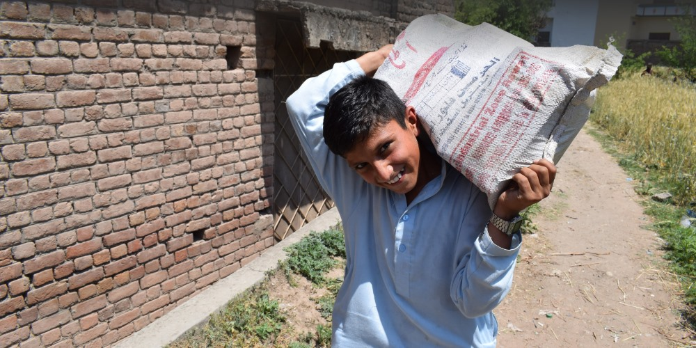food provisions for a child in Pakistan