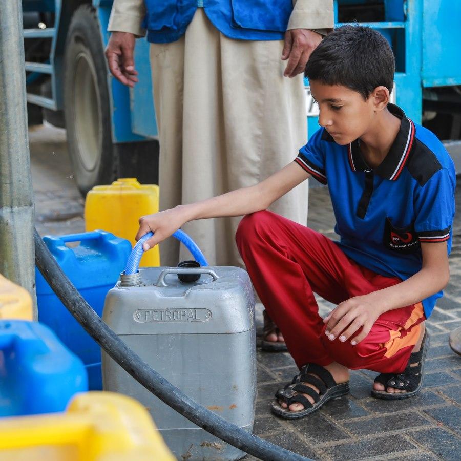 Filling water in Gaza