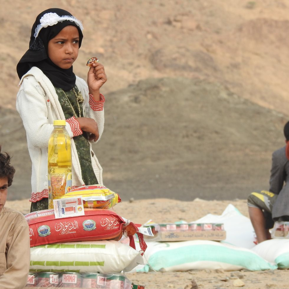A displaced girl in Yemen